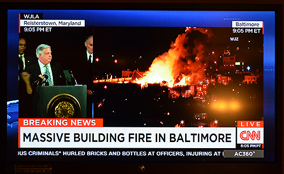 CNN's live coverage of the Baltimore violence drew lively commentary on Twitter.